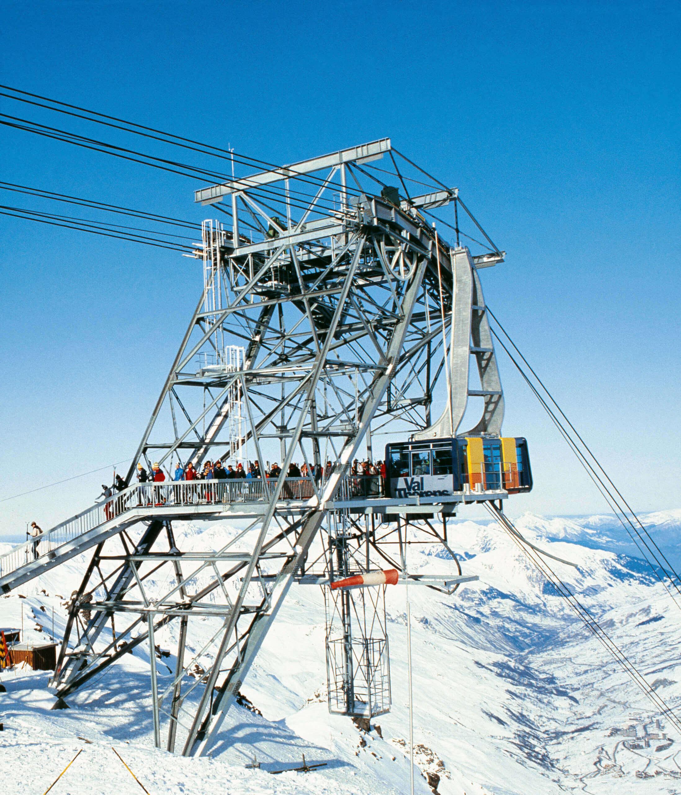 téléphérique montagne de Val Thorens